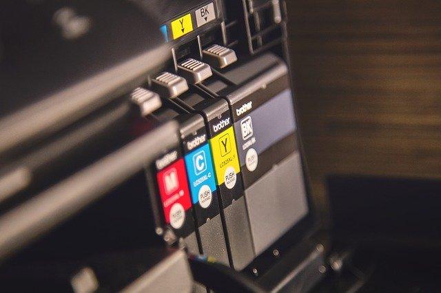 koszt eksploatacji drukarki laserowej